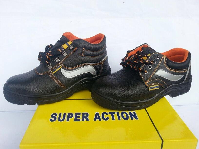 SAFETY SHOES BORONG