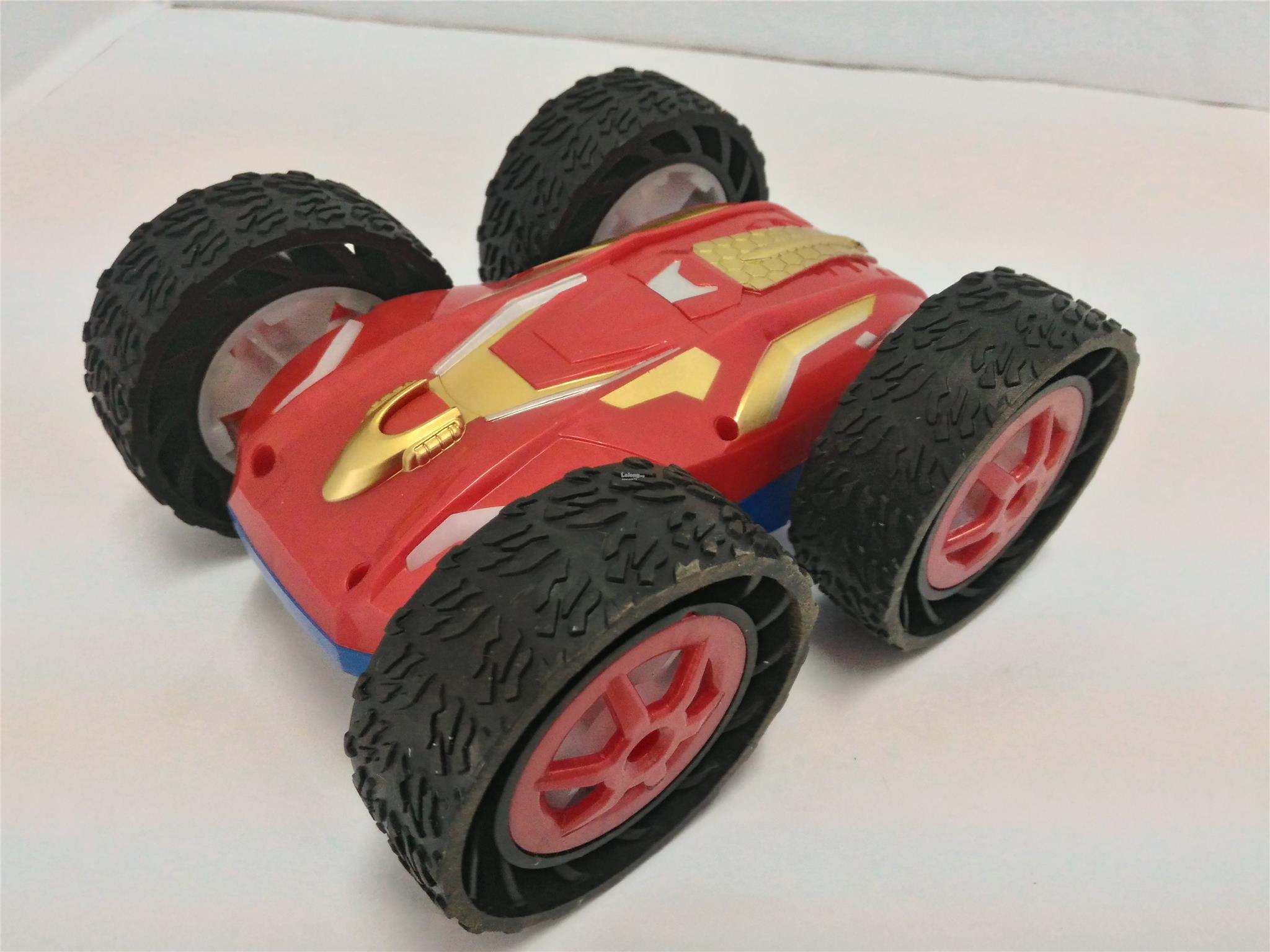 remote control flying car with Samewin 9888 Double Sided Flip Remote Control Road Race Car New 72 187151764 2017 01 Sale P on B Unstoppable Tank Quadcopter Drone as well 122383754177 also Cool And Cheap Toy Drones For Kids together with You Built What Retired Engineer Crafts Colossal Gliding Model 1935 Airship additionally Back To The Future Mag ic Floating Delorean Time Machine.