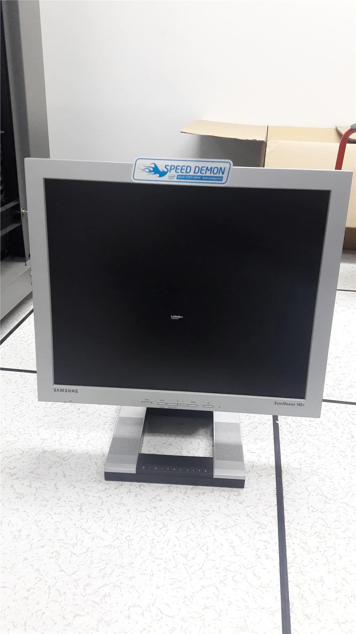 SAMSUNG 19 Inch LCD Monitor End 7 30 2016 21500 PM MYT