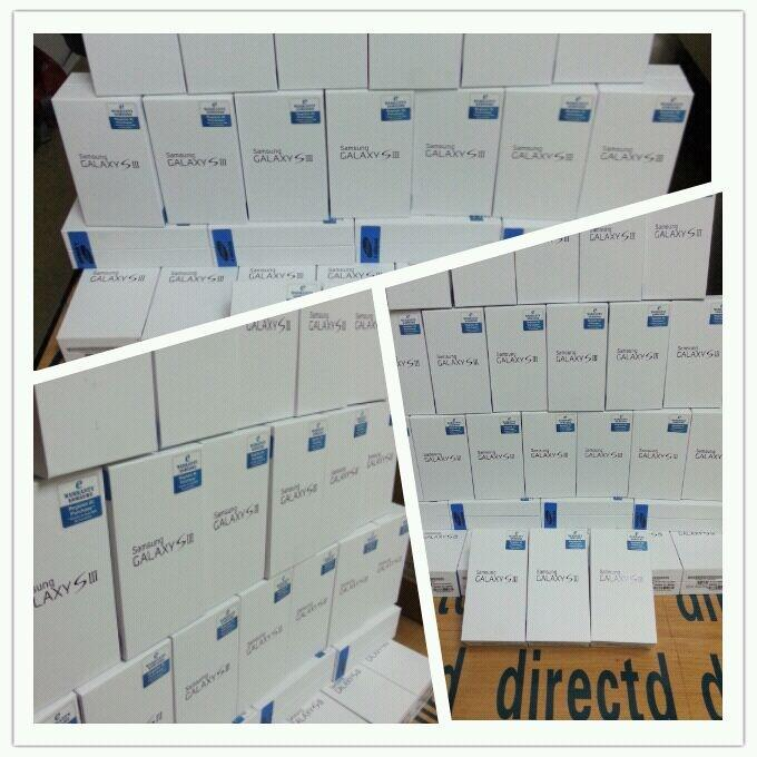 Samsung Galaxy S3 i9300 Original Set, White & Blue-FOC RM 300 Gifts