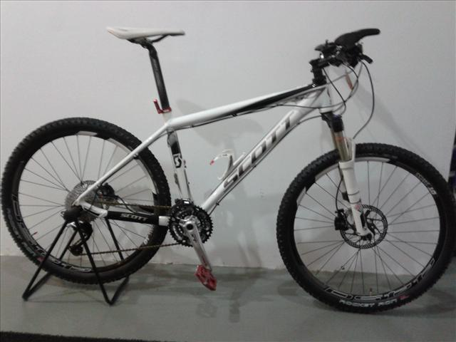 Scott Scale 50 for Sale http://www.lelong.com.my/scott-scale-50-2012-white-sale-zarplers-118035697-2013-01-Sale-P.htm