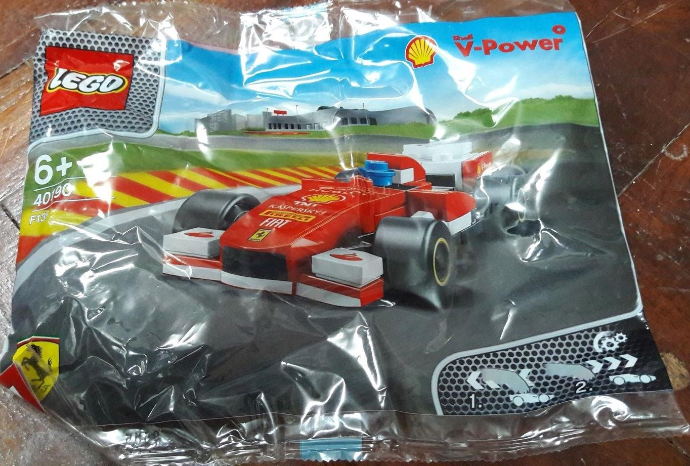 Shell V-Power Lego Collection (Ferrari F138)