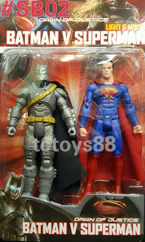 Superman vs Batman Figure. 'Dawn Of Justice'. 2pcs set. New.!!!