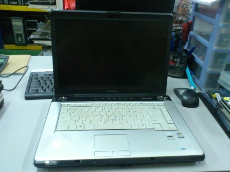 Toshiba Satellite A200 Notebook Spare Parts 260813