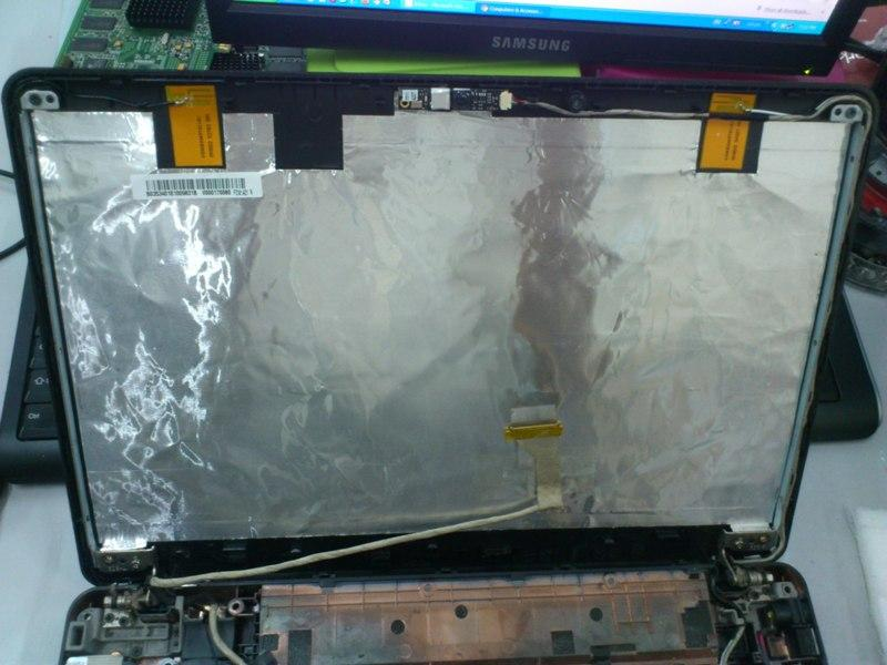 Toshiba Satellite L510 Notebook LCD Hinges 021213