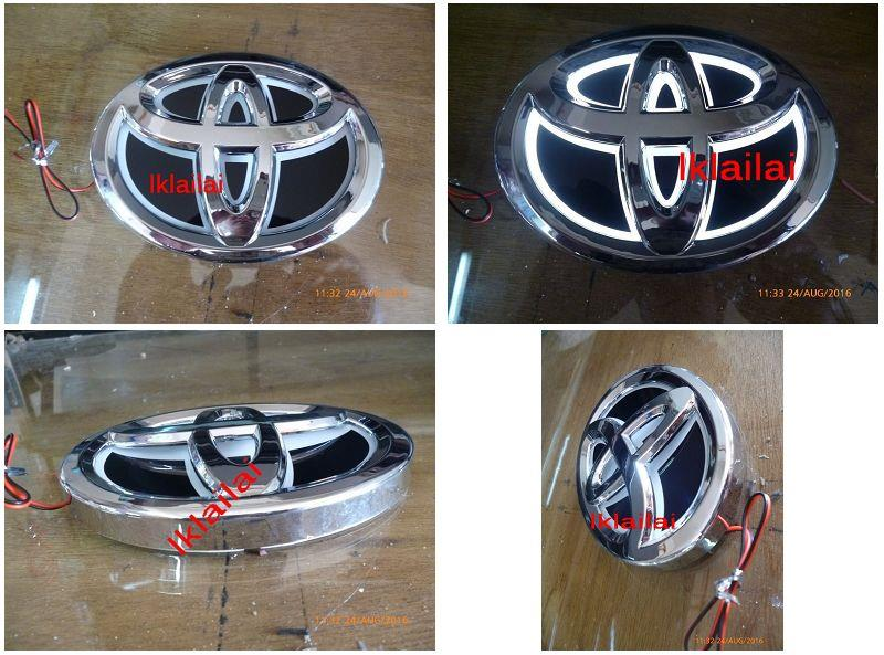 Toyota 5D LED Light Bar Badge Logo 14cm x 10cm [Red/White Light]