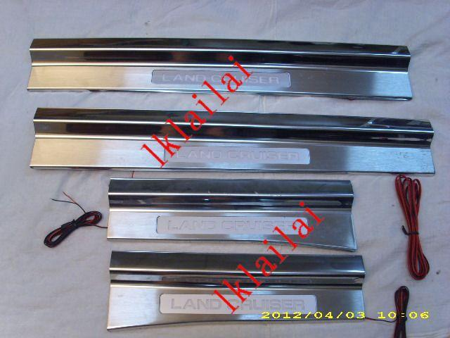 Toyota Landcruiser FJ100 `98-06 Door Sill Plate LED [4pcs/set]