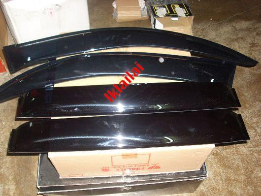 Toyota Prado FJ120 / Pajero Sport '09 Door Visor / Air Press