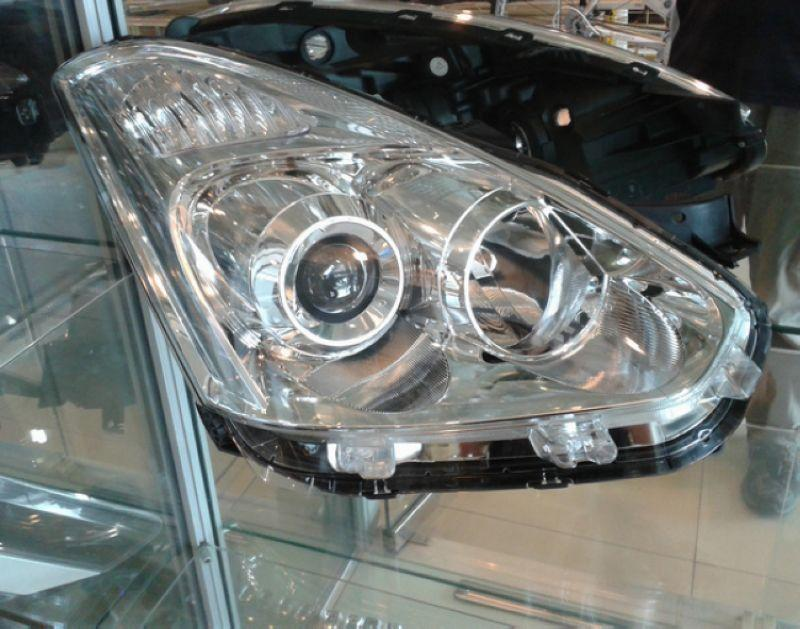 Toyota Wish '05 Projector Head Lamp Set [Non-HID]