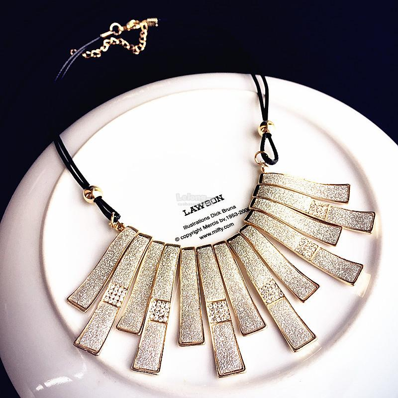 Trendy Women Necklace Style 35