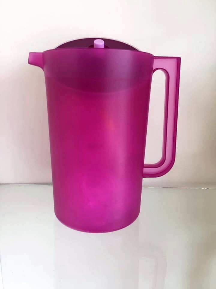 Tupperware Lady Lavender Giant Pitcher (1) 4.2L