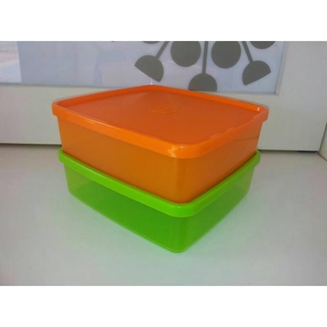 Tupperware Large Square-A-Way (2) 620ml