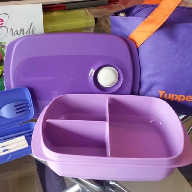 Tupperware Reheatable Divided Lunch Box 1L (1) Purple