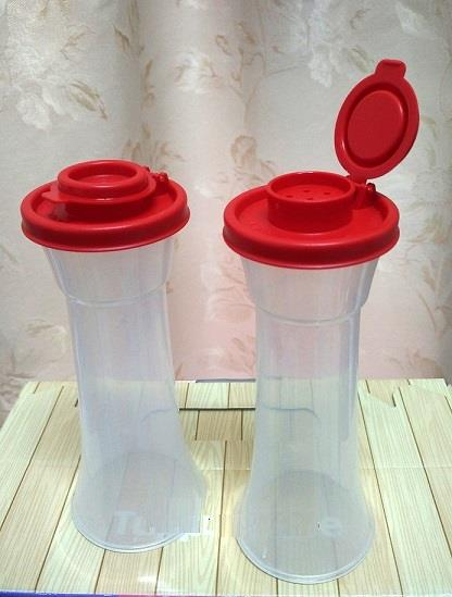 Tupperware Salt N Pepper Shaker (2) 180ml