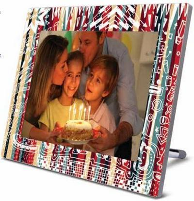 VIEWSONIC 8' 800X600 DIGITAL PHOTO FRAME (VFD874-20P) RED