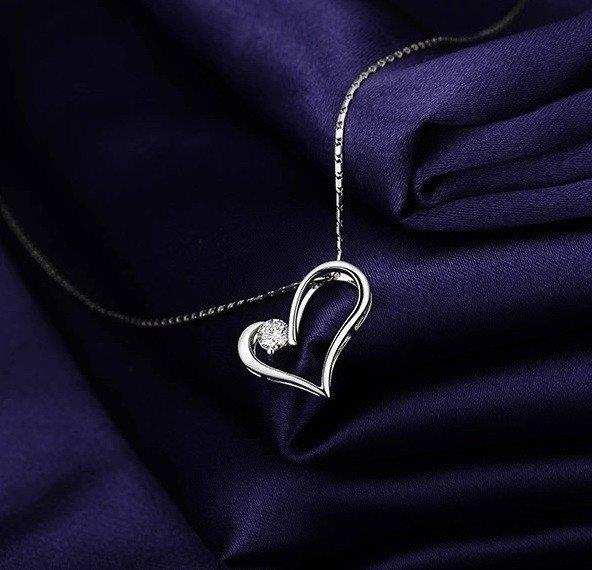 Vivere Rosse Forever In My Heart Necklace
