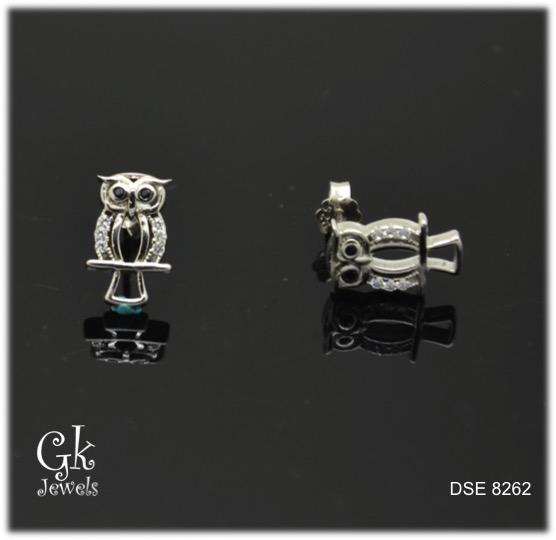white gold on silver erring DSE 8262