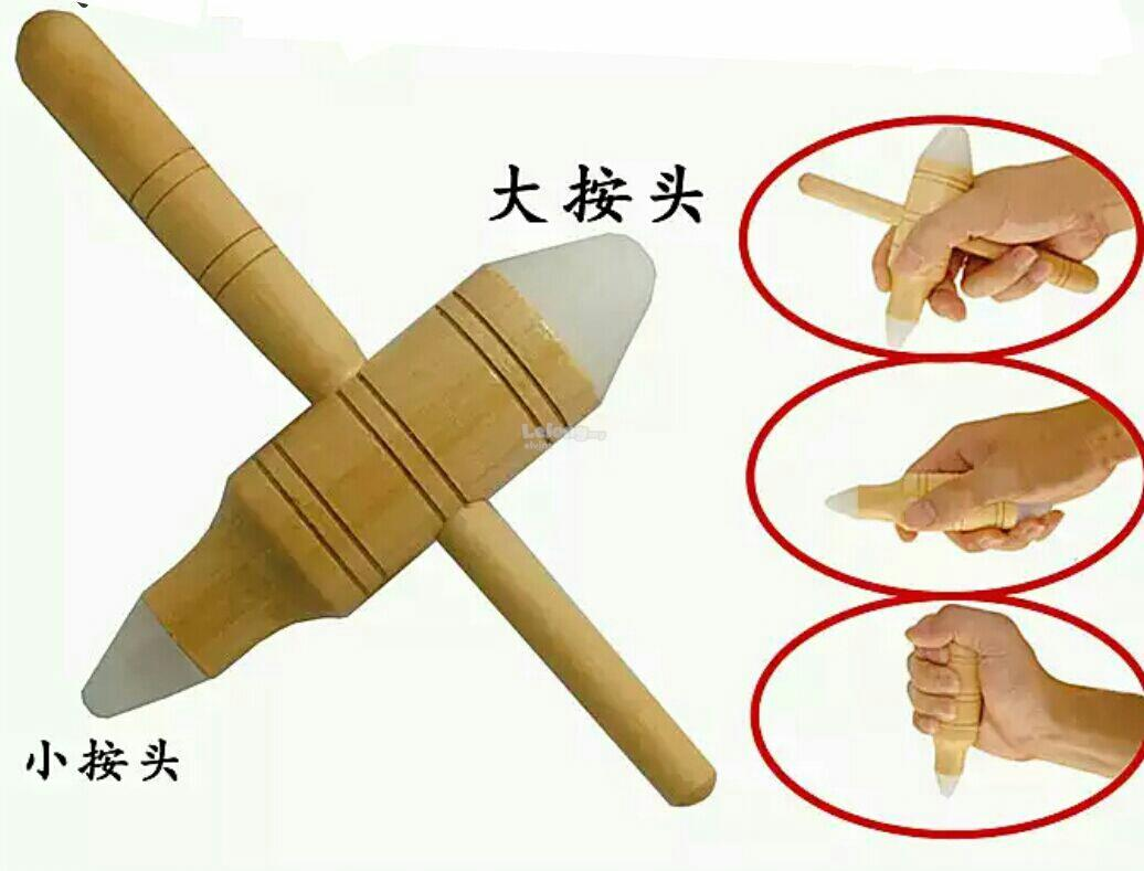 Wooden Handy Massager with Soft Silicon Head