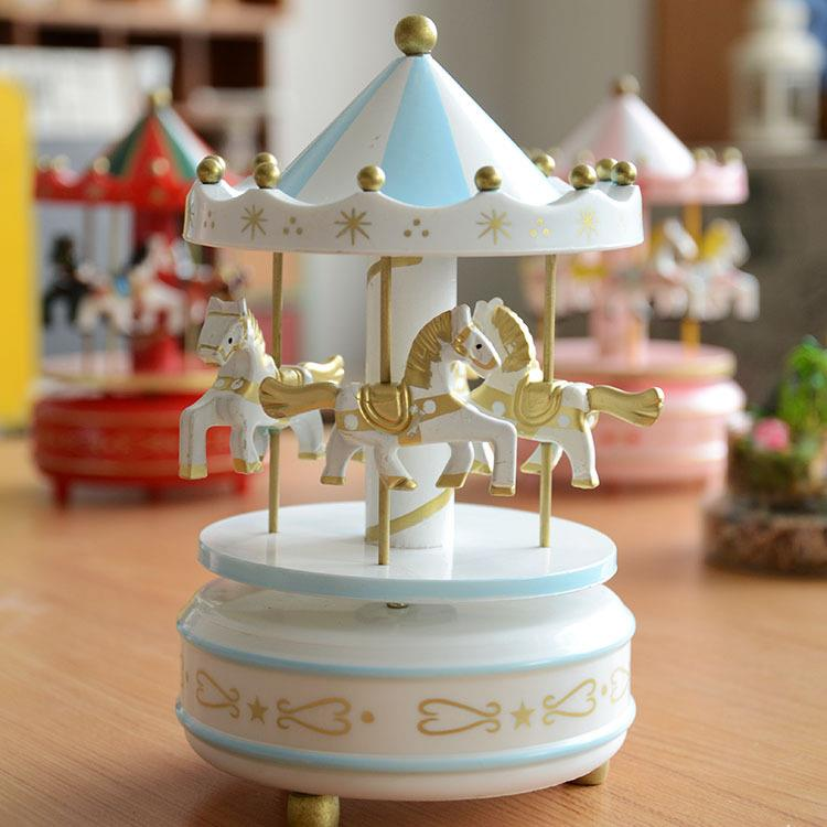 Christmas Musical Merry go Round Wooden Merry-go-round Music