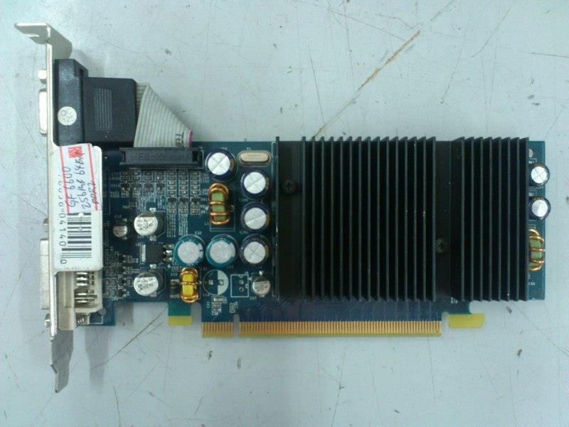 XFX GeForce 6600 256MB DDR2 PCI-E Graphic Card 301215