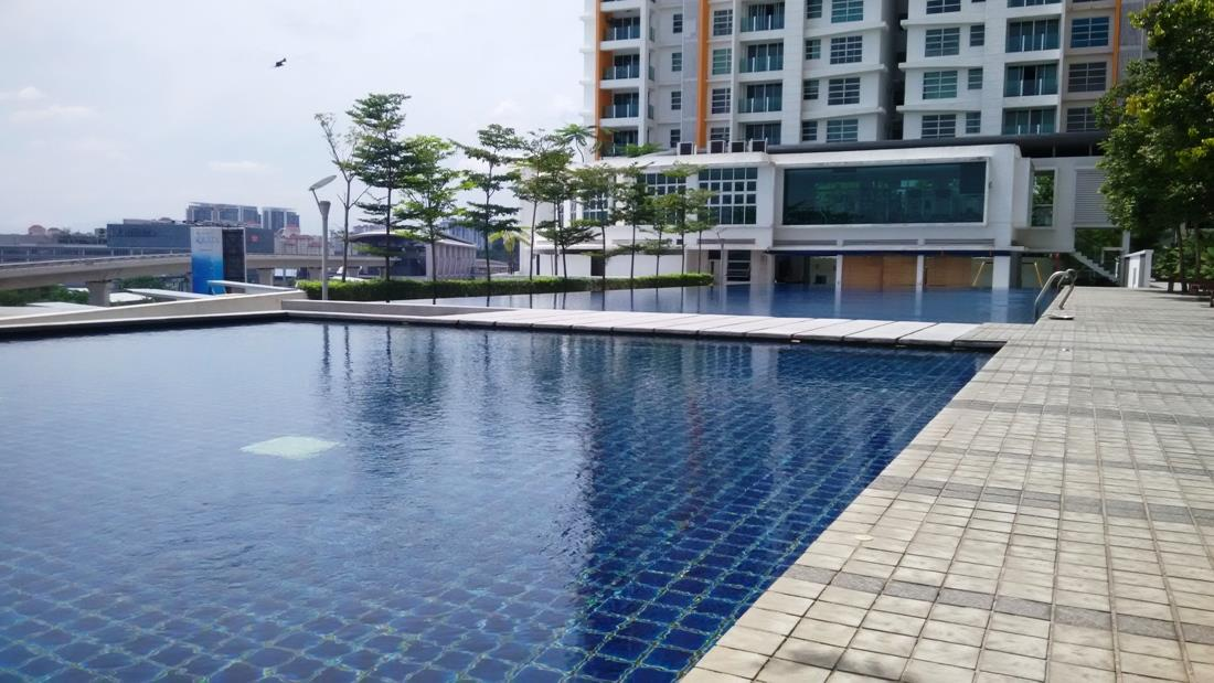 The Zest Condo for sale, 2 Car parks, Facing KLCC, Next to LRT, BK 9