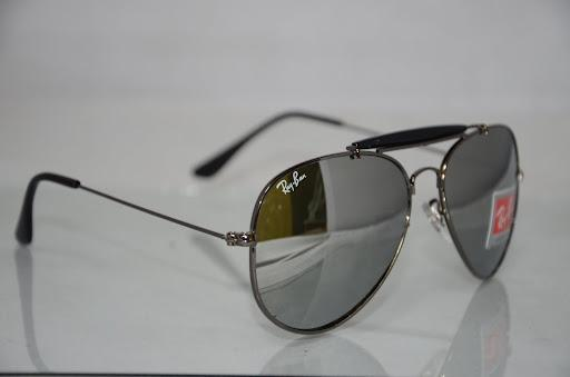 where is ray ban sunglasses made  ray ban aviator made in Italy
