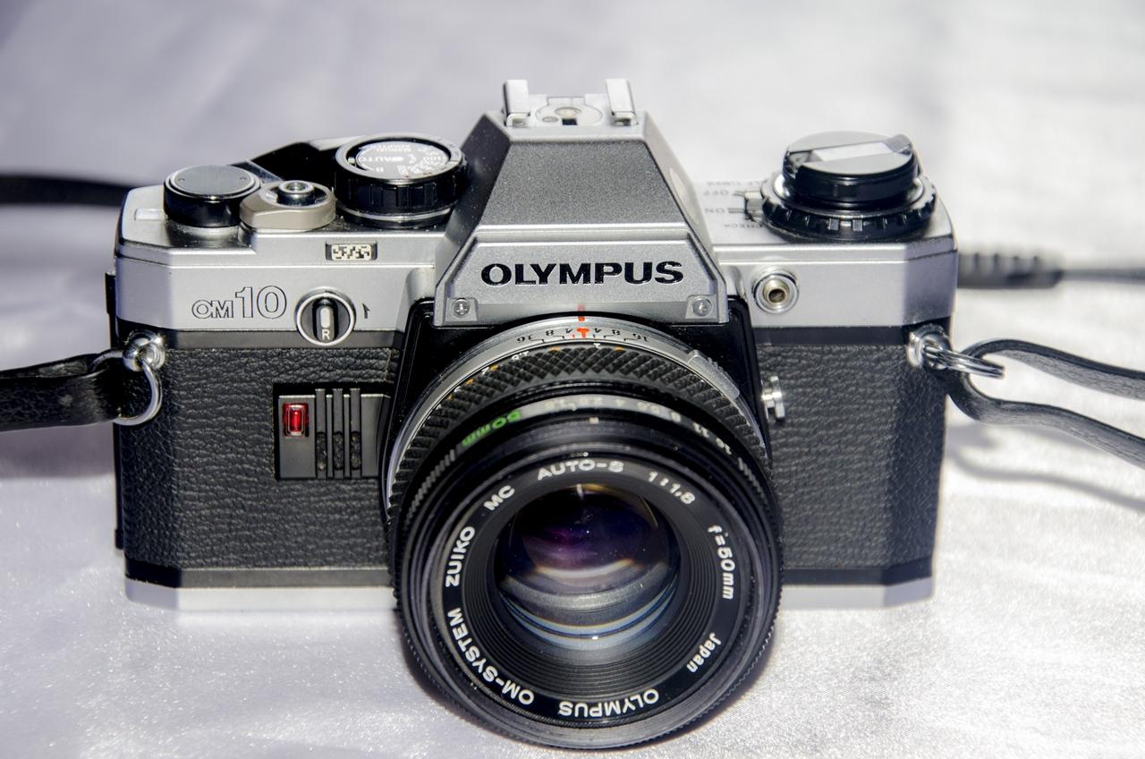 Olympus launches the vintage-style PEN E-PL8 camera |Olympus Vintage Camera