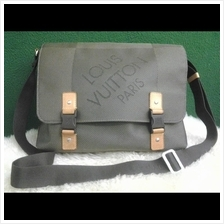 Authentic LV Limited Edition Messanger for him@leluxebags