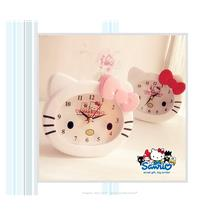 HM0132 HELLO KITTY ALARM CLOCK