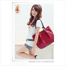 BG3006_Red hand Bag