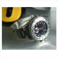 4GB WRIST WATCH HIDDEN DVR CAMERA (KLCCTV)!