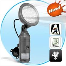 MOTION ACTIVATED CAMERA/SECURITY LIGHT+VIDEO RECORDING (CCTV)!