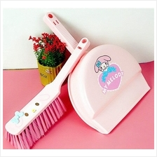 HM0703 MY MELODY MINI BROOM AND DUSTPAN