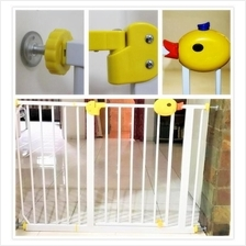 Baby Safe Auto Lock Security Gate Duck (Extand from 78cm to 160cm)
