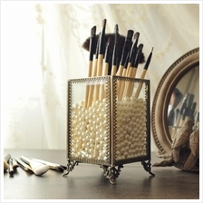 Vintage Makeup Brush Holder Eyebrow Pencil Storage Box with Pearls