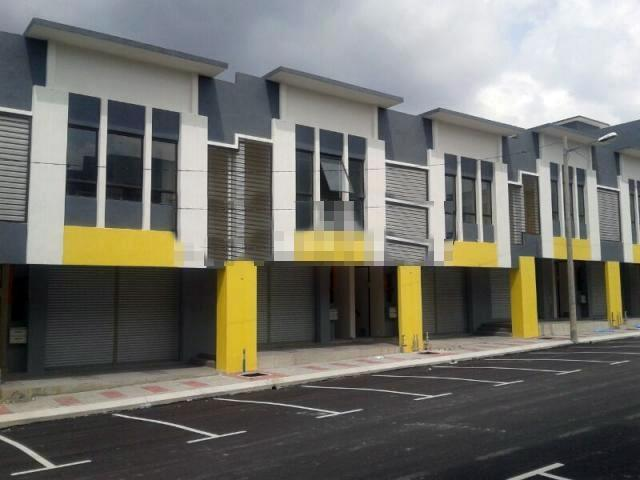 2 Storey Shop Lot for sale, Saujana Utama 3, Sungai Buloh, Brand New