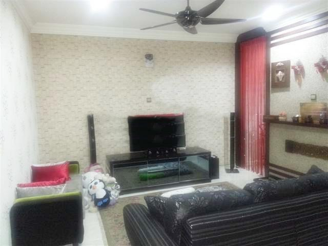 2 Sty Intermediate house for rent, Bandar Nusaputra, Furnished