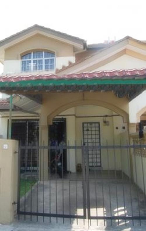 2 Sty Intermediate house for sale, bandar bukit puchong, renovated