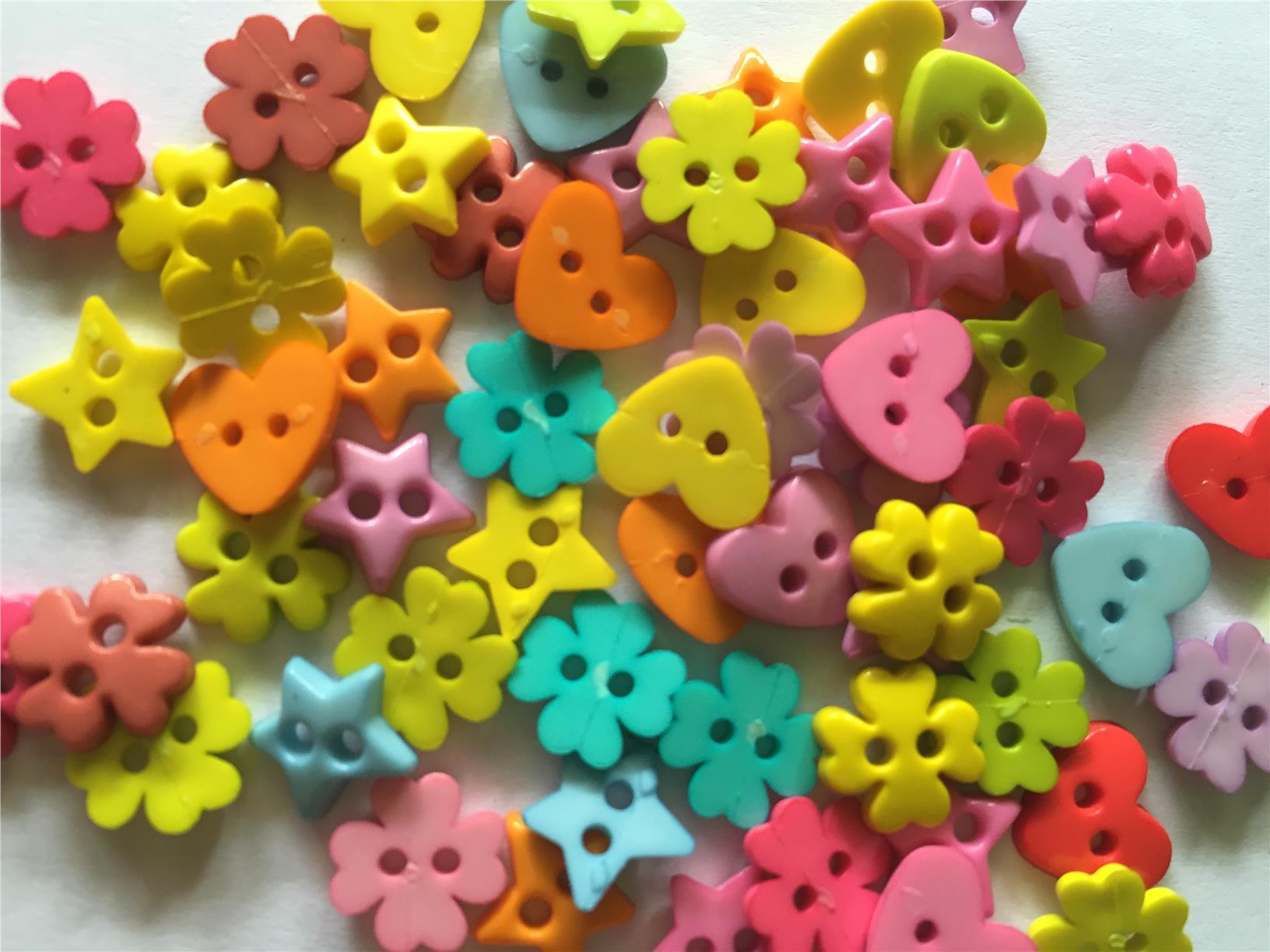 80 pcs mix shape button assorted buttons