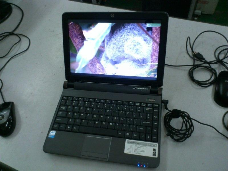 Acer Aspire Laser One Intel Atom N450 Netbook 041215