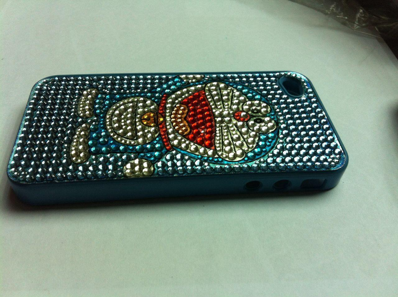 Apple Iphone 4 DORAEMON bling bling hardcase (Free ScreenProctector)