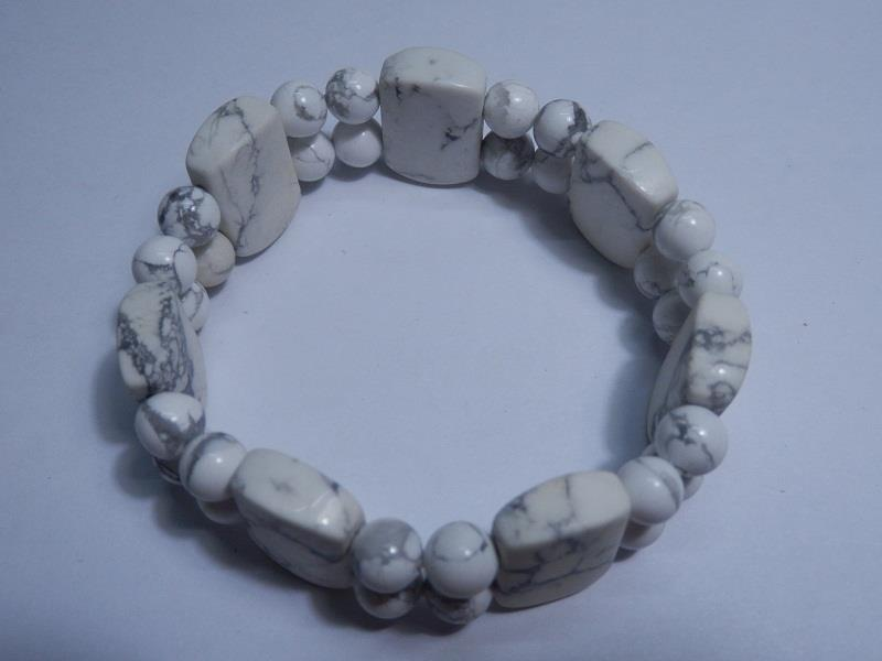 BHW2 Natural Howlite Quartz Rectangle Shape Beads Bracelet 17mm
