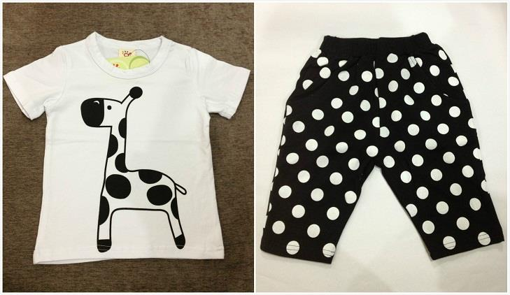 Boys Giraffe Design Short-Sleeved T-shirt + Pant (2pcs Set)
