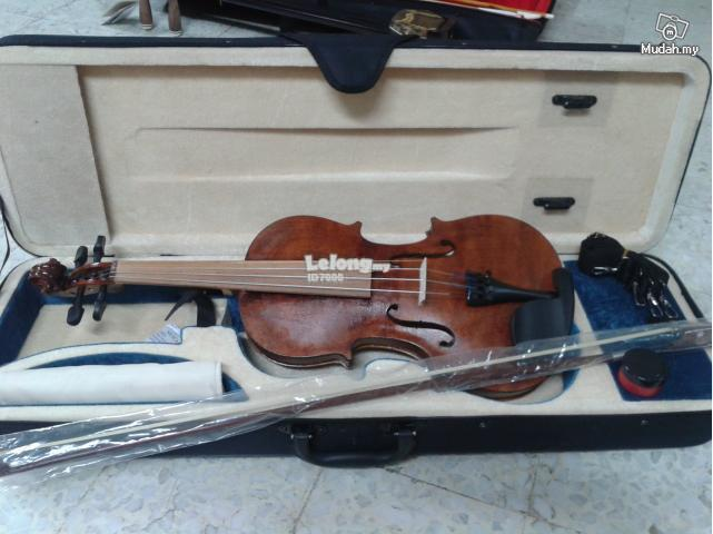 Complete Brand New Violin