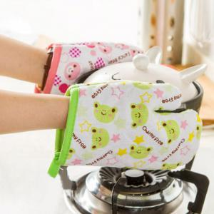 Cute Cartoon Microwave Anti-scald Glove (Single Unit)