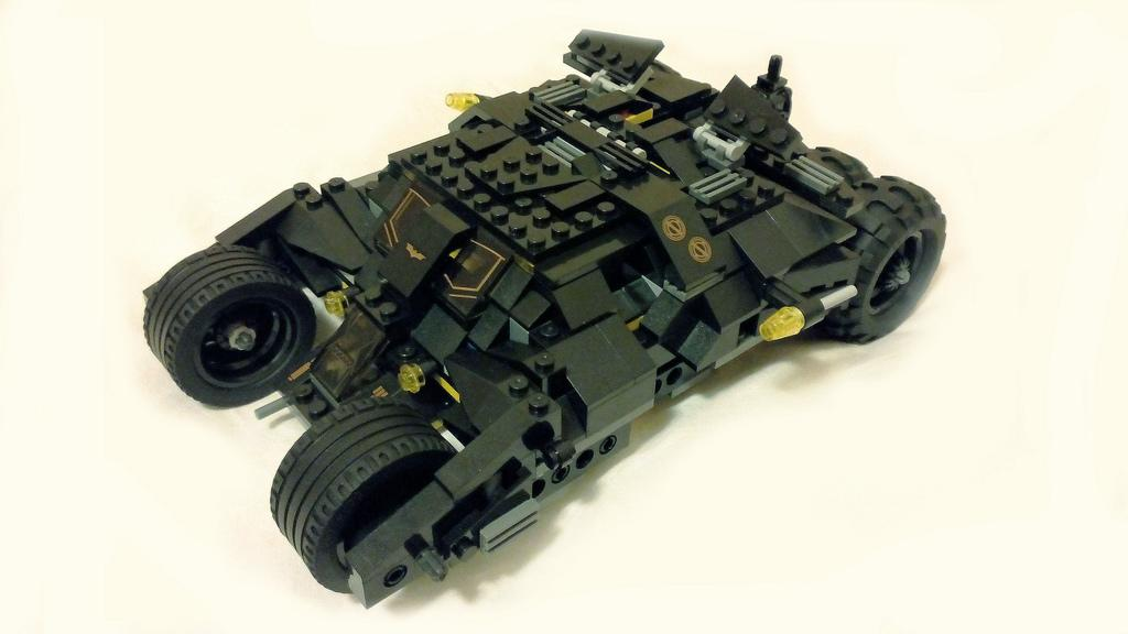 DE COOL LEGO BATMAN CAR TUMBLER 325PCS (CLEAR STOCK)