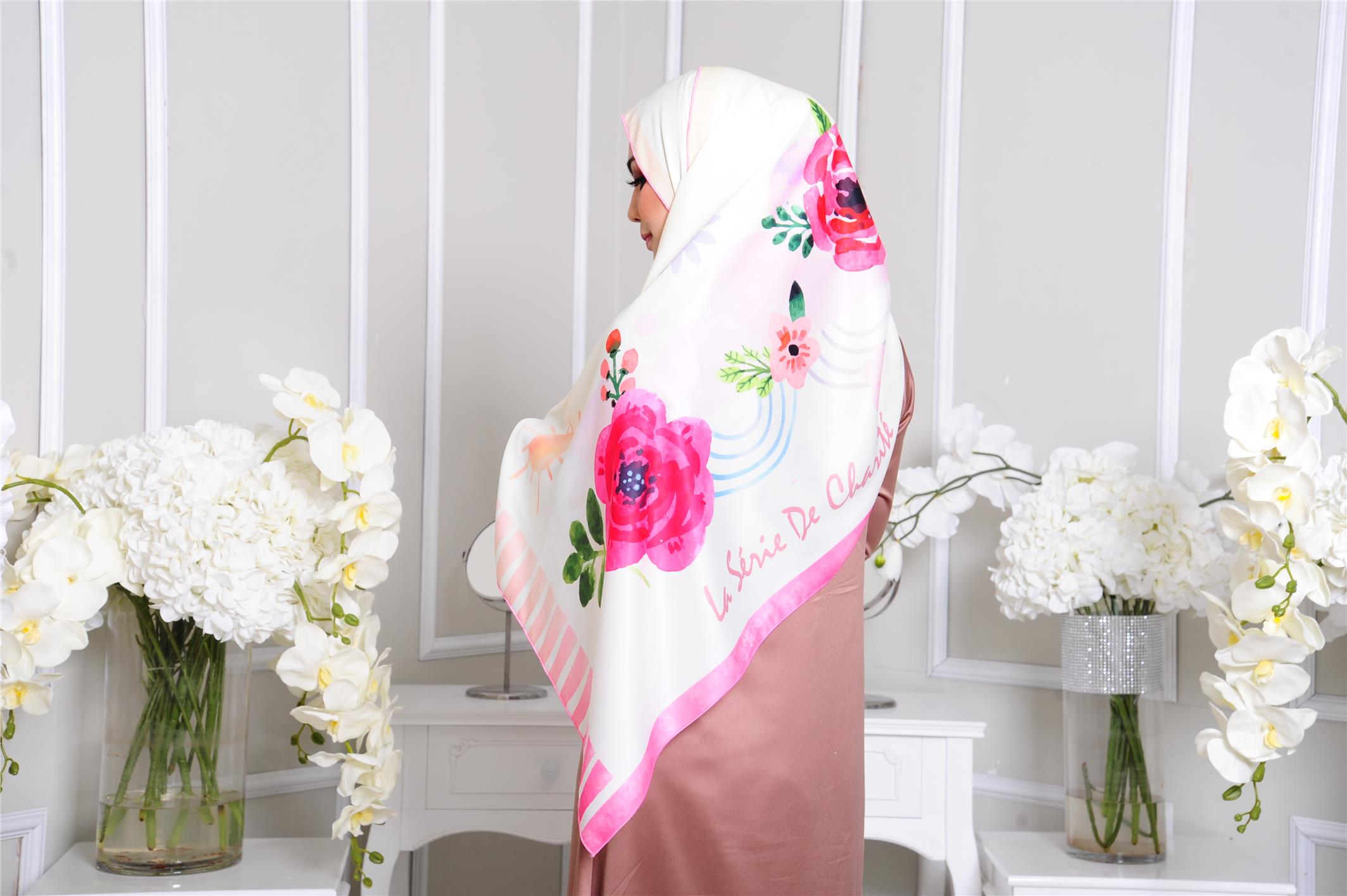 Dull Satin High Quality Guzelhive Magnifique Shawl
