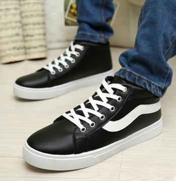 Fashionable Mid Cut Sneaker/ Men Shoes