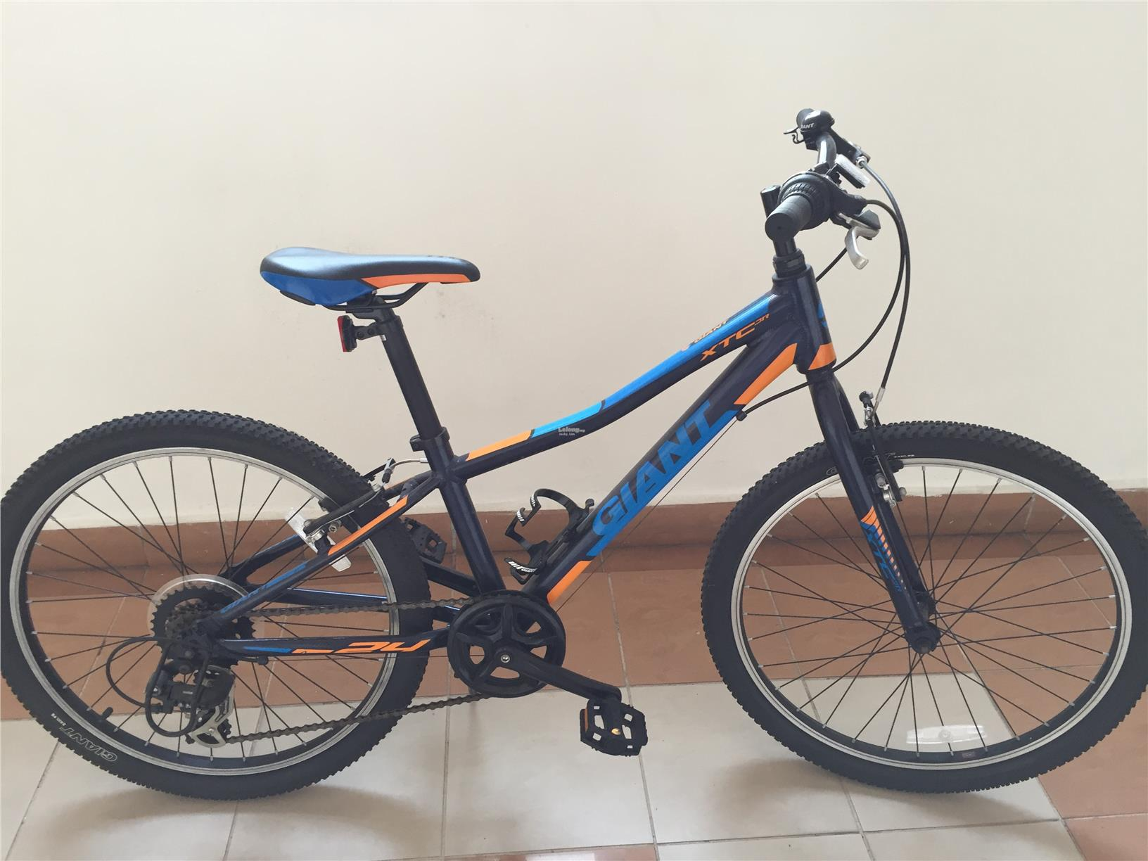 "Giant XTC JR 24"" Shimano 7 speed"