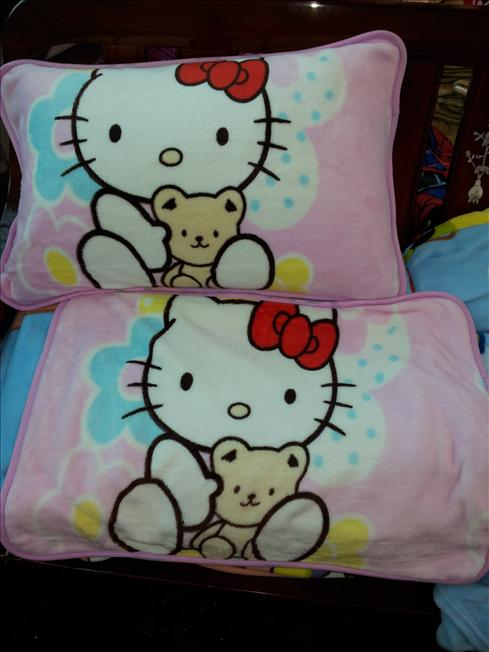 HELLO KITTY FLANNEL FLEECE PILLOW COVER (2PCS)